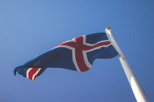 Island-Flagge: Aussehen, Bedeutung und Geschichte der isländischen Flagge