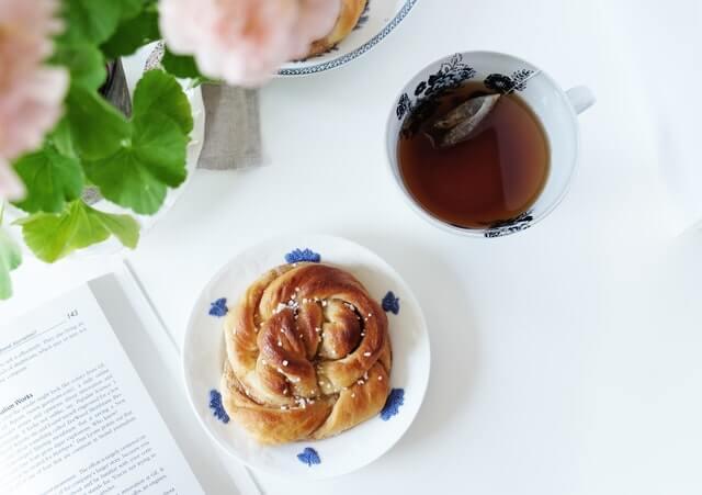 Kanelbullar und Tee