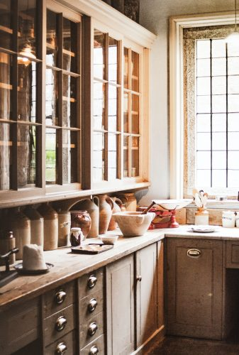 Küche im skandinavischen Landhausstil
