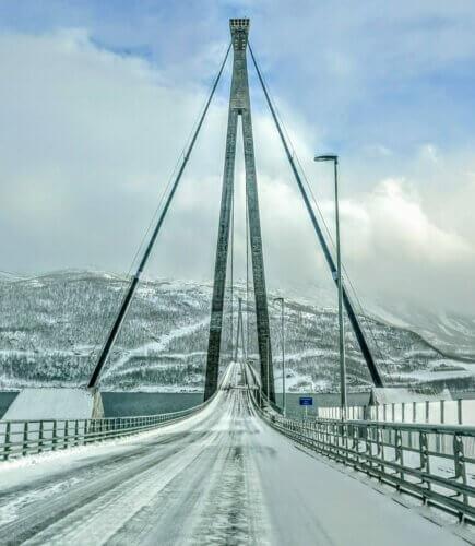 Narvik: Brücke