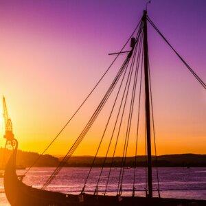 Nordische Mythologie Schiffsbestattungen