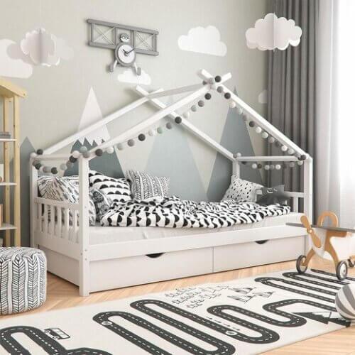 Hausbett mit Schubladen und Lattenrost