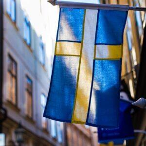 Schwedens Flagge: Aussehen, Bedeutung und Geschichte der schwedischen Fahne
