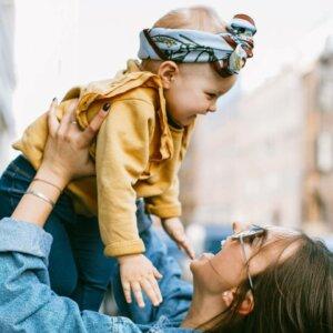 Skandinavische Babymode –Fröhlich und funktional