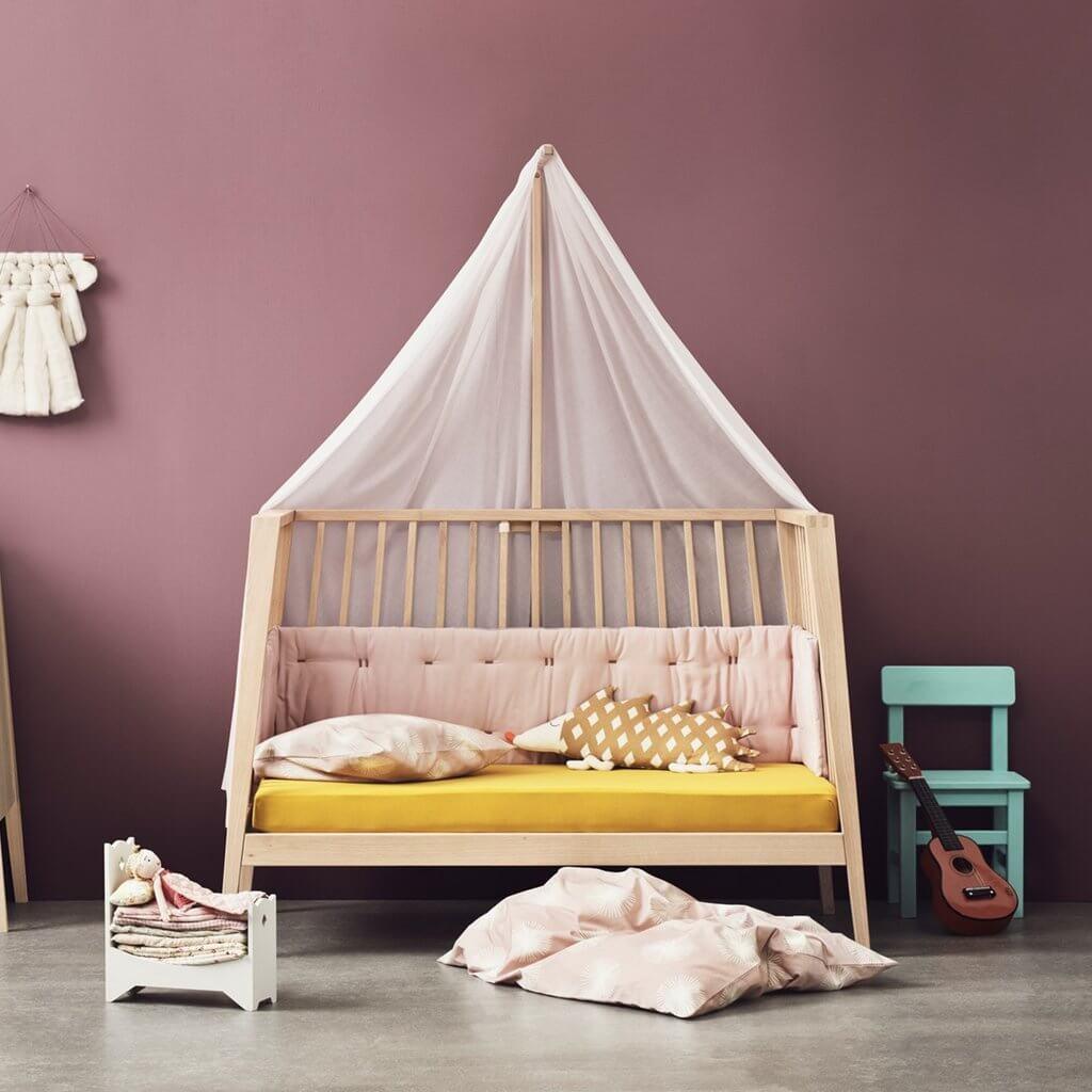 Skandinavische Babymöbel Bett höhenverstellbar