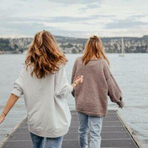 Skandinavische Mode für Damen – So funktioniert der Scandi-Style